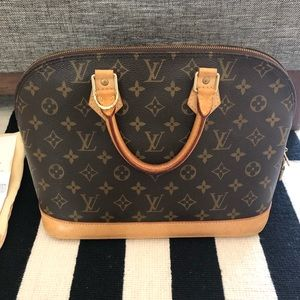 Louis Vuitton Alma M51130